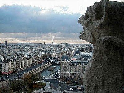 cathedrale-Notre-dame-Paris-gargouilles-kori-helene