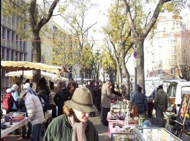 LE MARCHÉ AUX PUCES FRANCO-ALLEMAND dans AMITIE FRANCO-ALLEMANDE marche-aux-puces