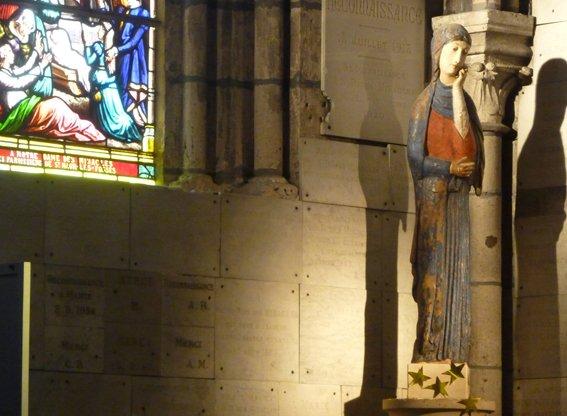 statue église