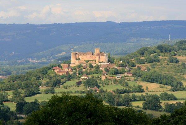 chateau-de-castelnau-bretenoux-46_a